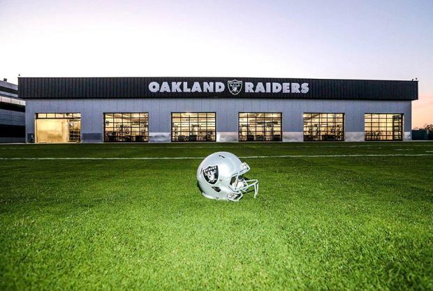 2015-08-25_Alameda_Training_Facility_Raiders