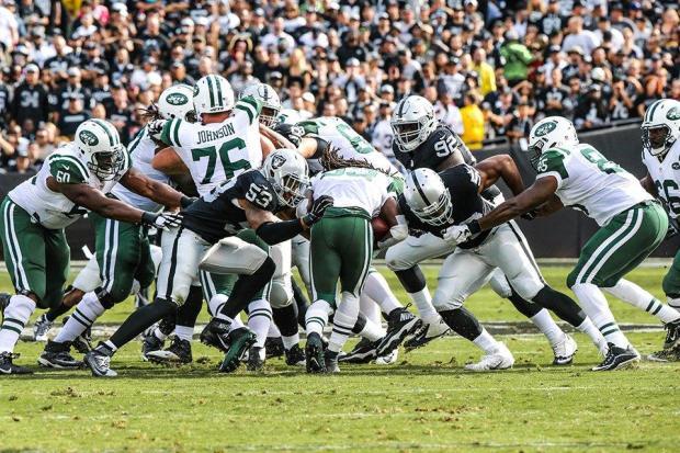 2015_w08_Jets-Raiders_run_defense